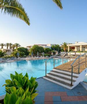 Annabelle Beach Resort 5*