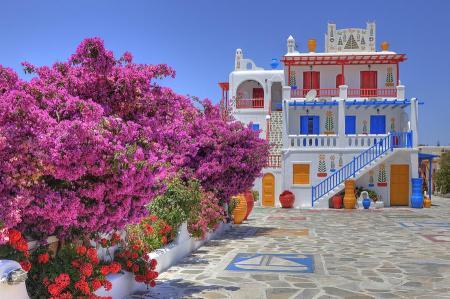 Mykonose värviline maja