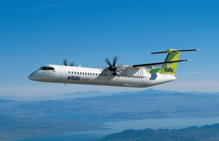 air baltic bombardier dash 8 400q airborne