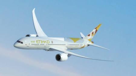 etihad airways boeing 787 9 a6 bla airborne flying left