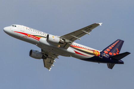 brussels airlines airbus a320 200 oo snc red devils livery