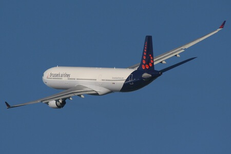 brussels airlines airbus a330 airborne