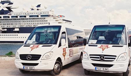 Reisieksperdi Mercedes Benz bussid
